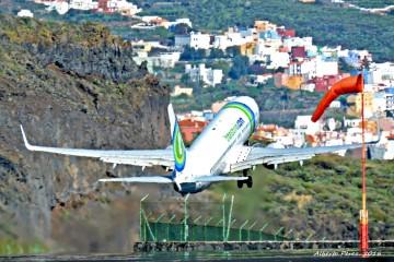2015 ha sido un buen año para los aeropuertos canarios. Y para Aena, claro