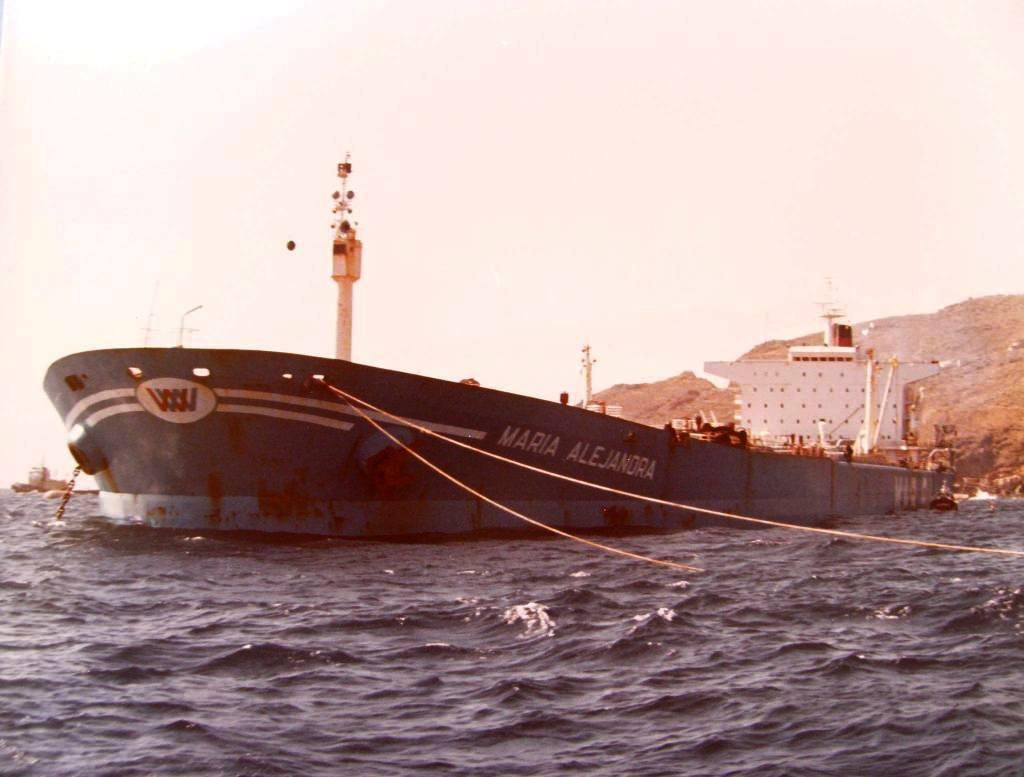 El petrolero había sido construido por encargo de un armador italiano