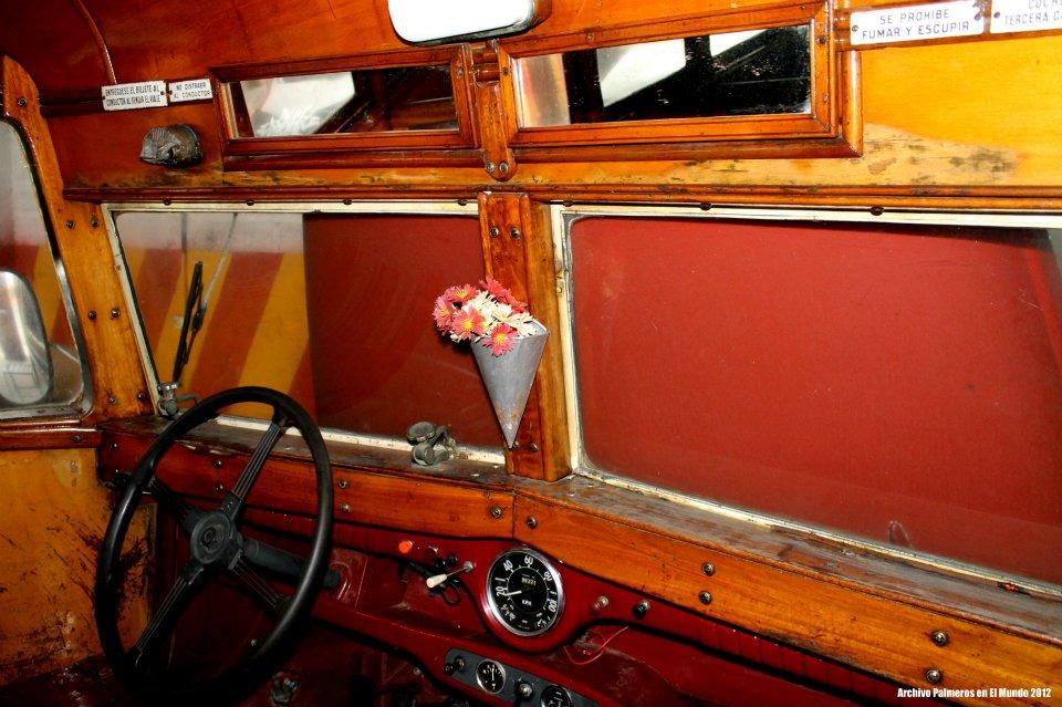 El volante y el salpicadero, de los más austero