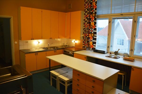 El diseño funcional de la cocina, situada en la planta principal