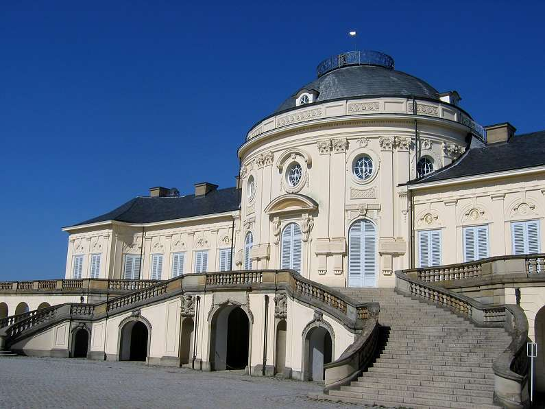 Palacio Solitude, exponente de arquitectura rococó en Alemania meridional