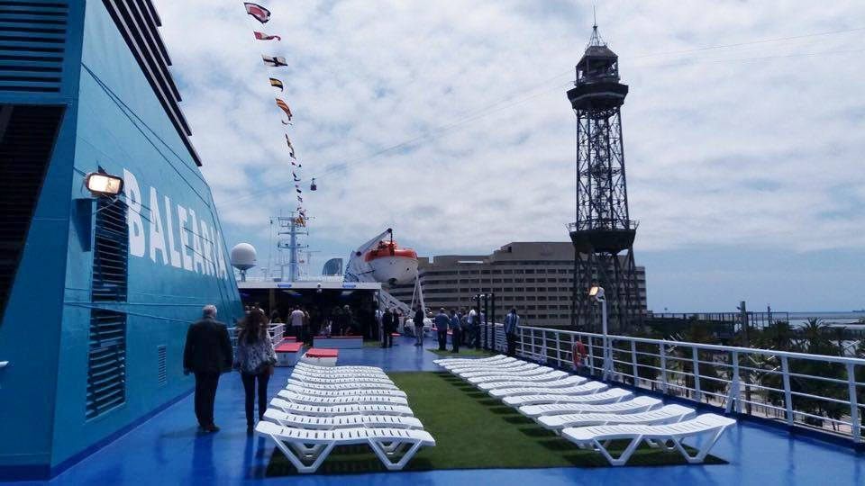 La presentación del buque se celebró este mediodía en el puerto de Barcelona