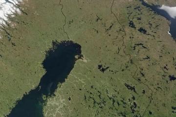 Finlandia, a vista de satélite. Existen 187.888 lagos