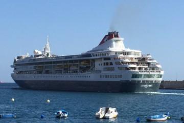Fred. Olsen Cruise Line es uno de los emblemas de Fred. Olsen & Co.