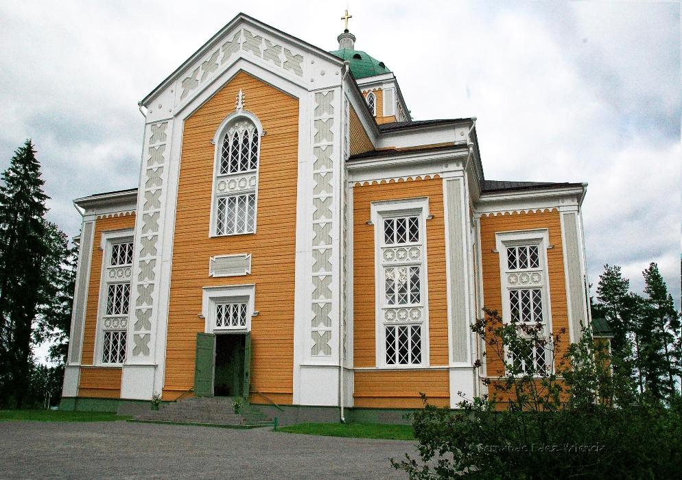 Fachada principal de la iglesia luterana de Kerimäki