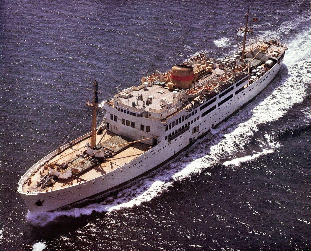 """El buque """"Ciudad de Cádiz"""" fue el segundo con este nombre en la historia de Trasmediterránea"""
