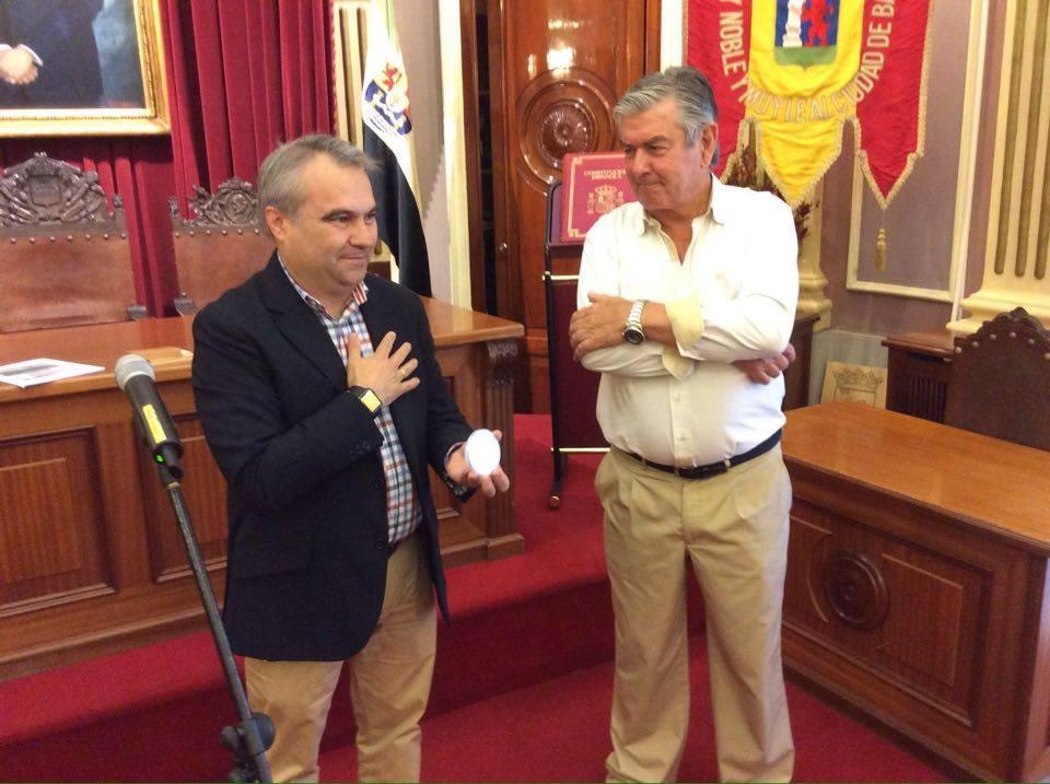 El alcalde de Badajioz, Francisco Javier Fragoso y Juan Cárdenas Soriano