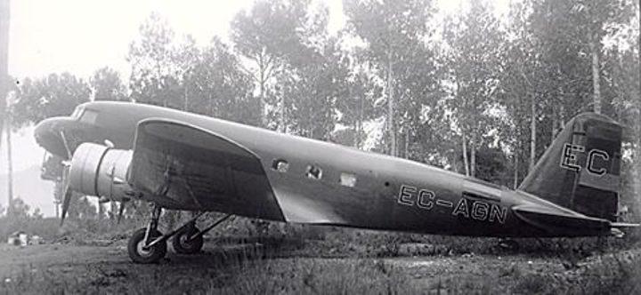 El avión Douglas DC-1, en tiempos de la Segunda República (EC-AGN)