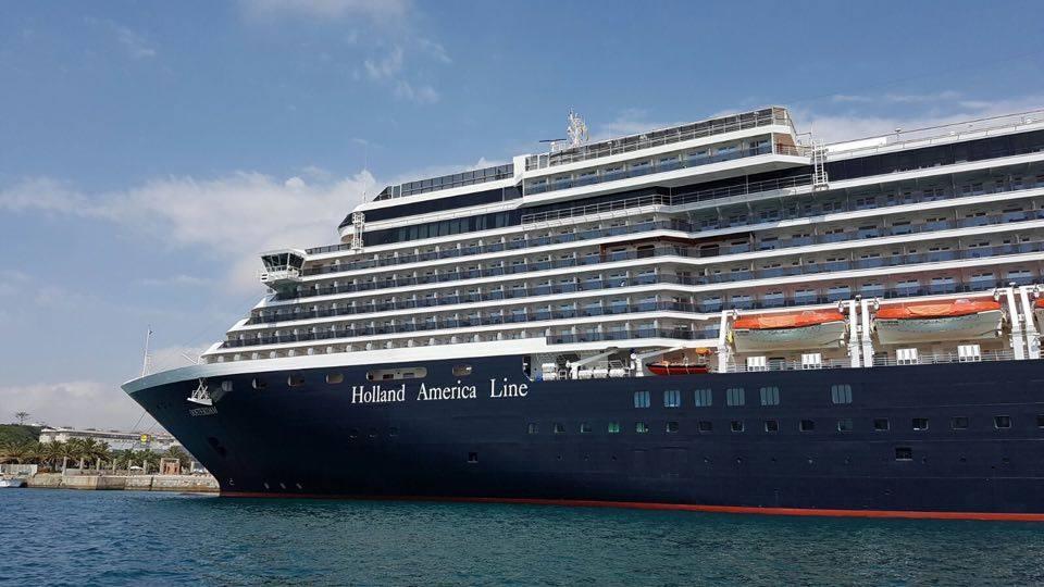 """Es un buque de la clase """"Vista"""", con capacidad para dos mil pasajeros"""