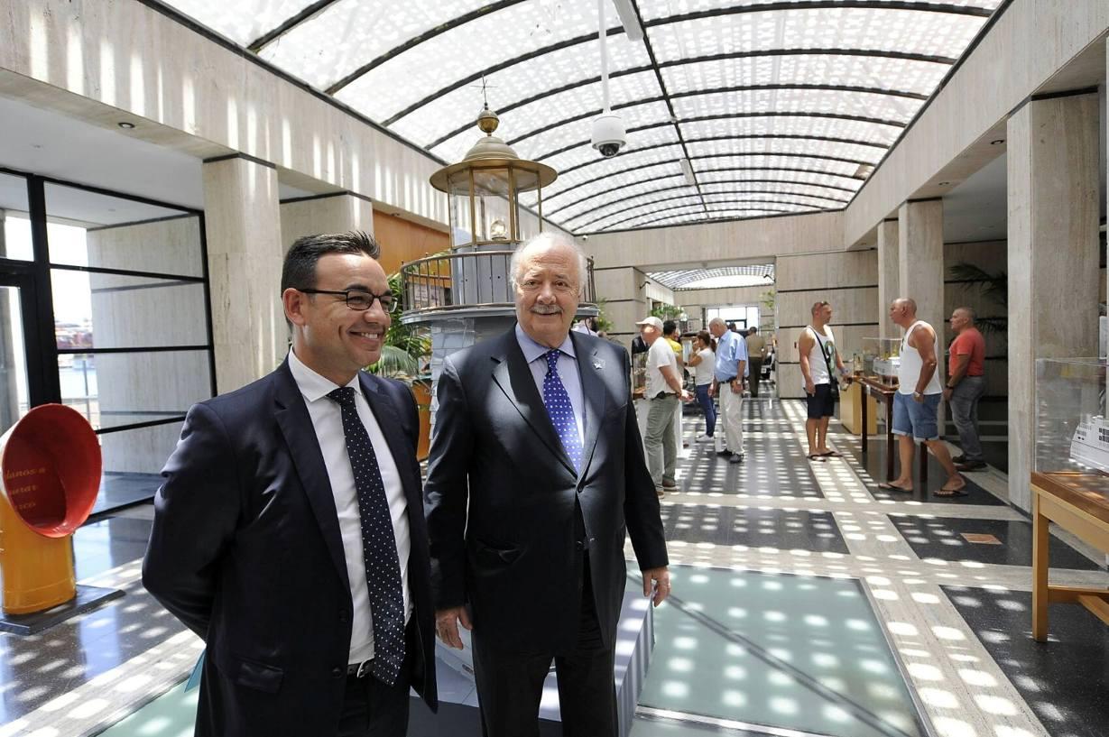 Ricardo Melchior Navarro y José Rafael Díaz Hernández recorren la exposición