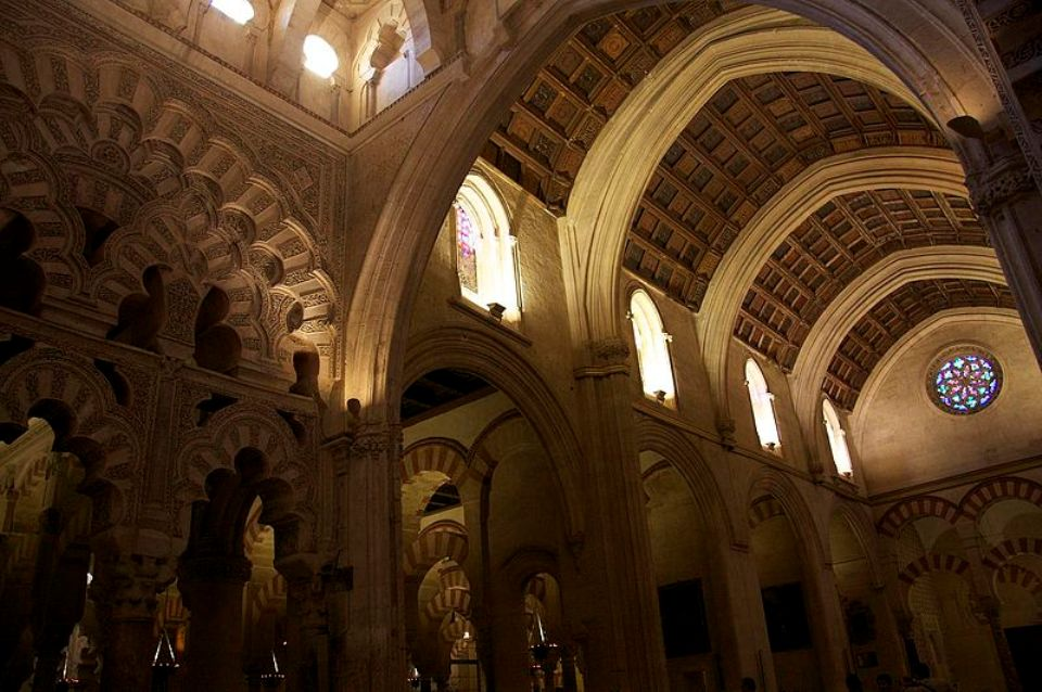 Capilla de Villaviciosa, antigua capilla mayor, primera intervención cristiana