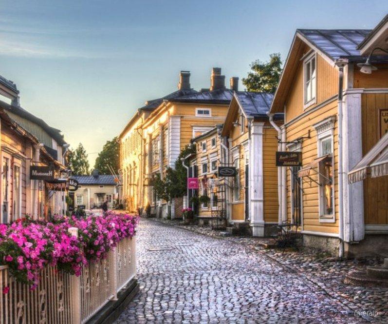 Las calles y casas del casco histórico siguen la tradición sueca