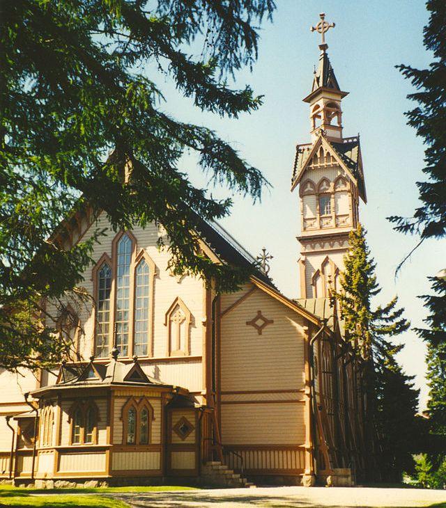 La actual iglesia se levanta sobre el solar que ocupó el primer templo