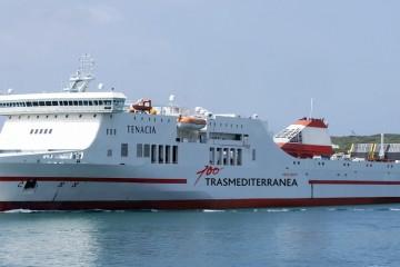 """El buque """"Tenacia"""" cubre la línea Barcelona-Palma de Trasmediterránea"""