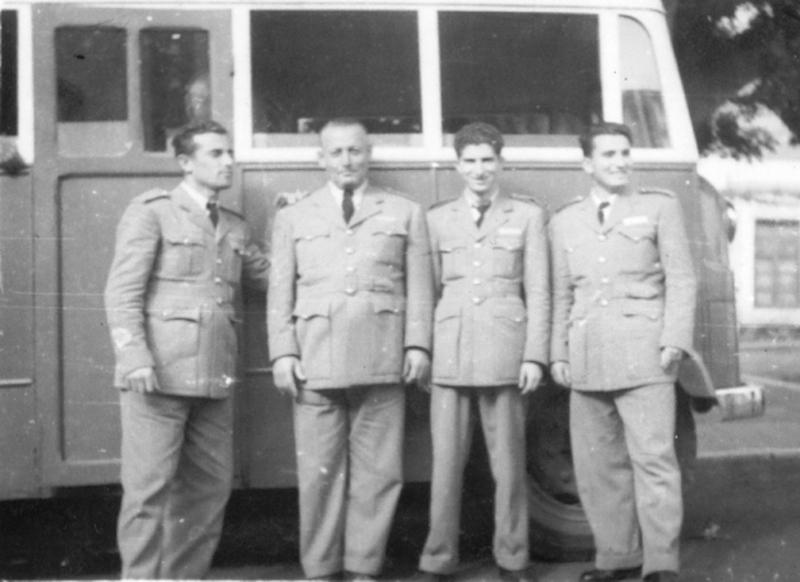 Alberto Calero (izq.), en sus primeros años en la empresa María Santos Pérez