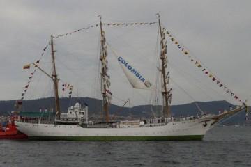 """El buque-escuela colombiano ARC """"Gloria"""", a su llegada a Vigo"""