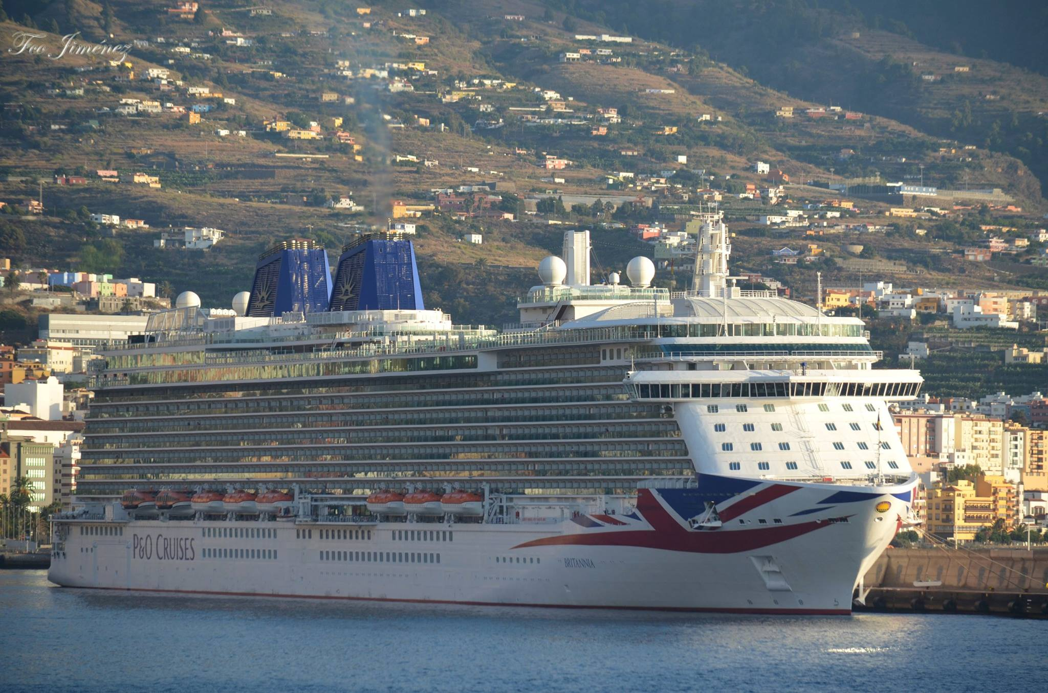Es el buque insignia de P&O Cruises, centenaria naviera británica