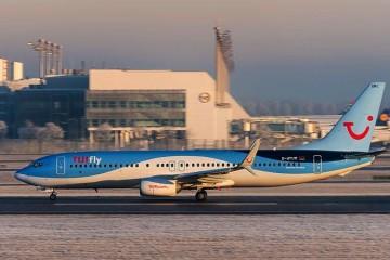 """La flota de TUIfly sigue en tierra, debido a la """"enfermedad repentina"""" de sus tripulaciones"""
