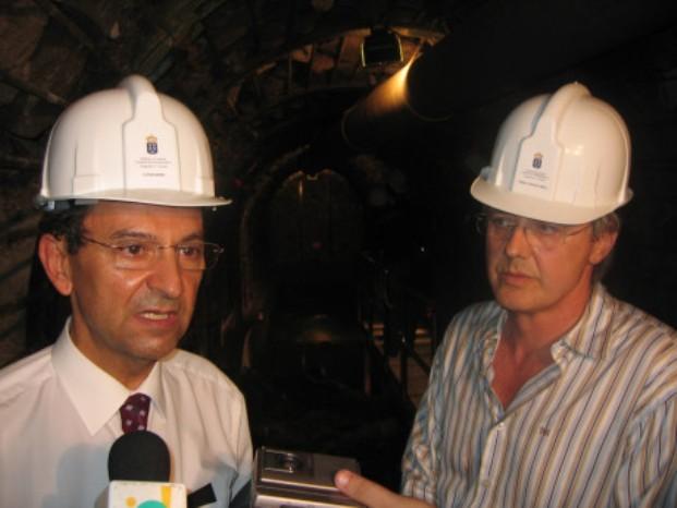 Antonio Castro y Carlos Soler, el día de la presentación de la Fuente Santa (24 de octubre de 2005)