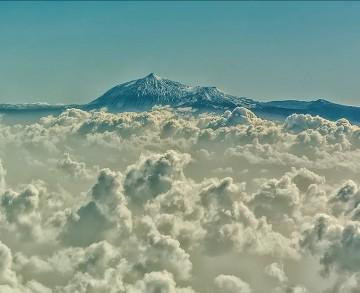 El Teide, a vista de avión, volando de La Palma a Tenerife