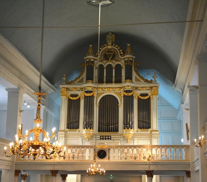 El órgano de la Iglesia Vieja data de 1867 y es obra del maestro Per Larsson Akermann