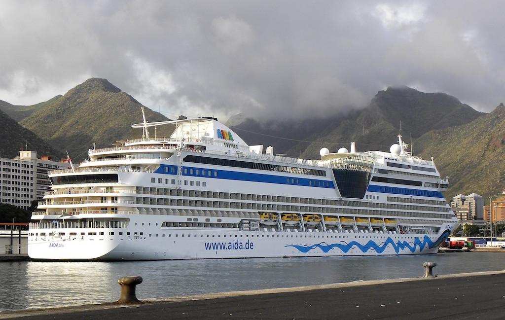 """El buque """"AIDAblu"""" realiza una rotación semanal hasta abril de 2017"""