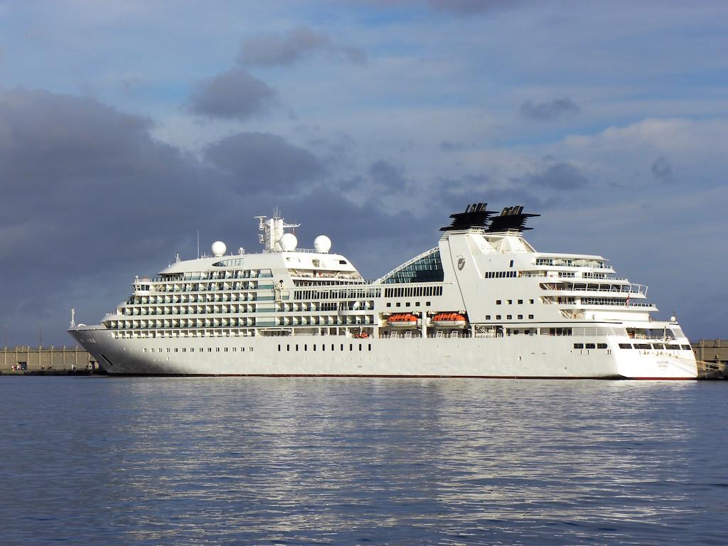 """El buque """"Seabourn Odyssey"""" ocupa un segmento superior en la industria turística maritima"""