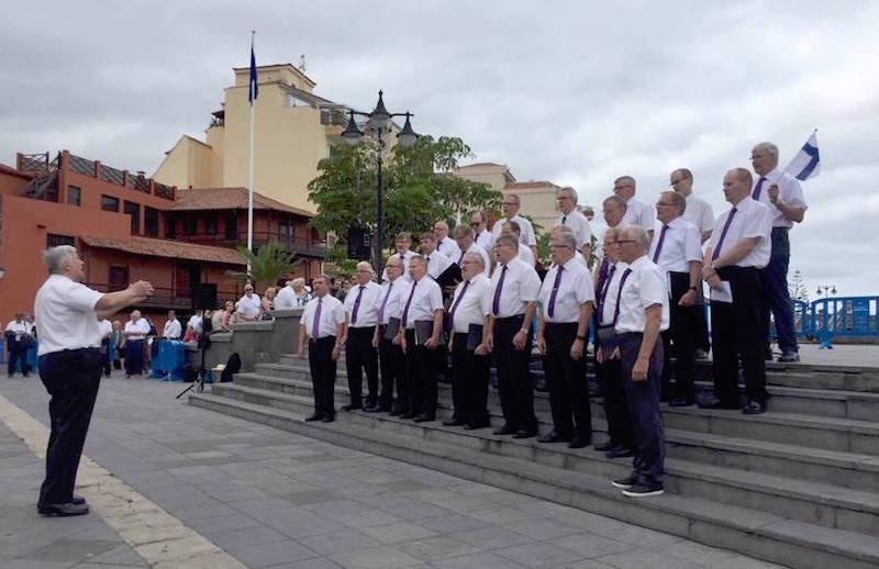 El coro masculino del Club Finlandia, en su actuación
