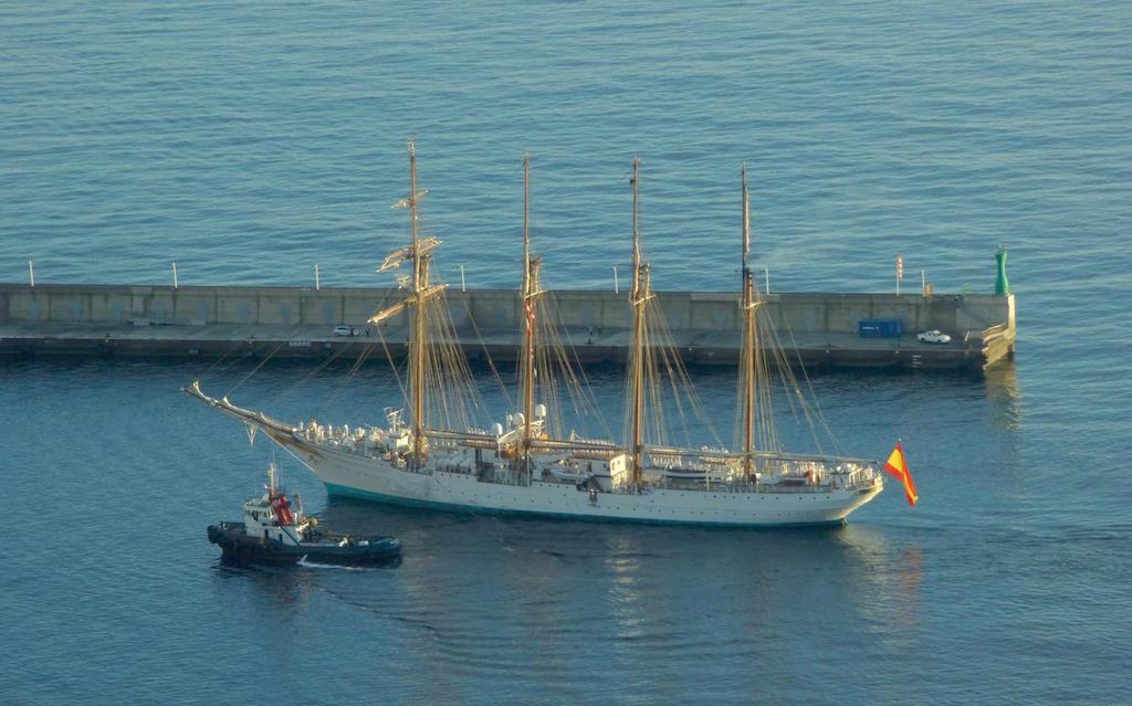 En La Palma luce un día maravilloso para recibir al insigne visitante