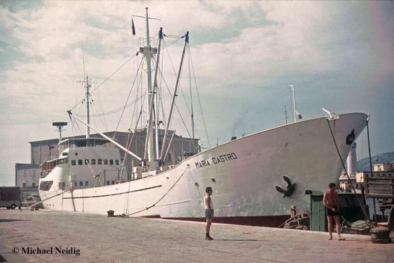 """""""María Castro"""", uno de los buques frigoríficos comprados en Alemania"""