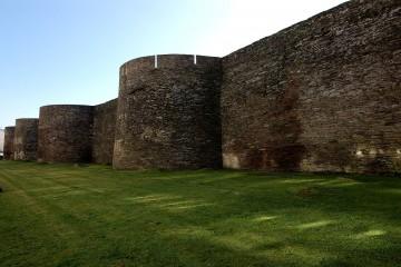 El estado de conservación de la muralla romana de Lugo es muy apreciable