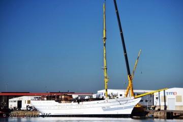 """El buque-escuela """"KRI Bima Suci"""" se encuentra en fase de armamento a flote"""