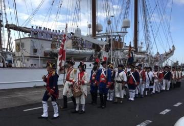 """La Asociación Histórico-Cultural Gesta del 25 de Julio de 1797 recibe al buque-escuela """"Juan Sebastián de Elcano"""""""
