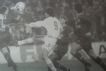 Desde el primer minuto el portero Manolo se mostró muy seguro (foto Vega)
