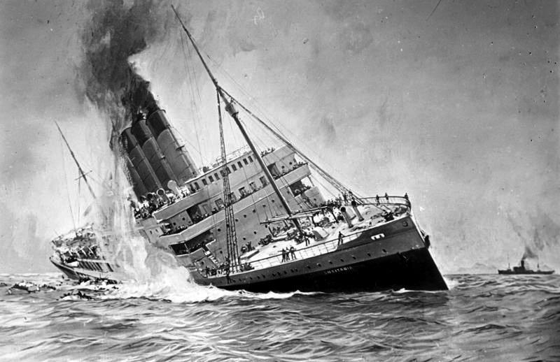 """Ilustración del ataque y hundimiento del trasatlántico británico """"Lusitania"""""""