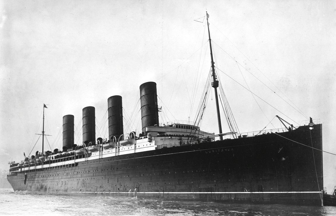 """Estampa marinera del trasatlántico """"Lusitania"""", en todo su esplendor"""