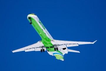 """Binter dispondrá de dos aviones CRJ-1000, alquilados en  """"wet lease"""" a Air Nostrum"""