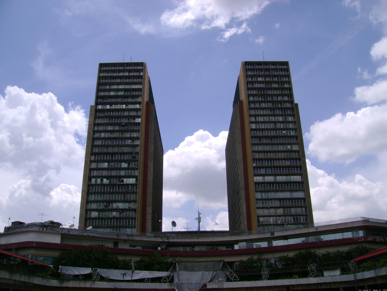 Las torres de El Silencio son un referente en el paisaje urbano de Caracas