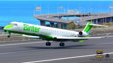 El segundo CRJ-1000 de Binter, despega del aeropuerto de La Palma