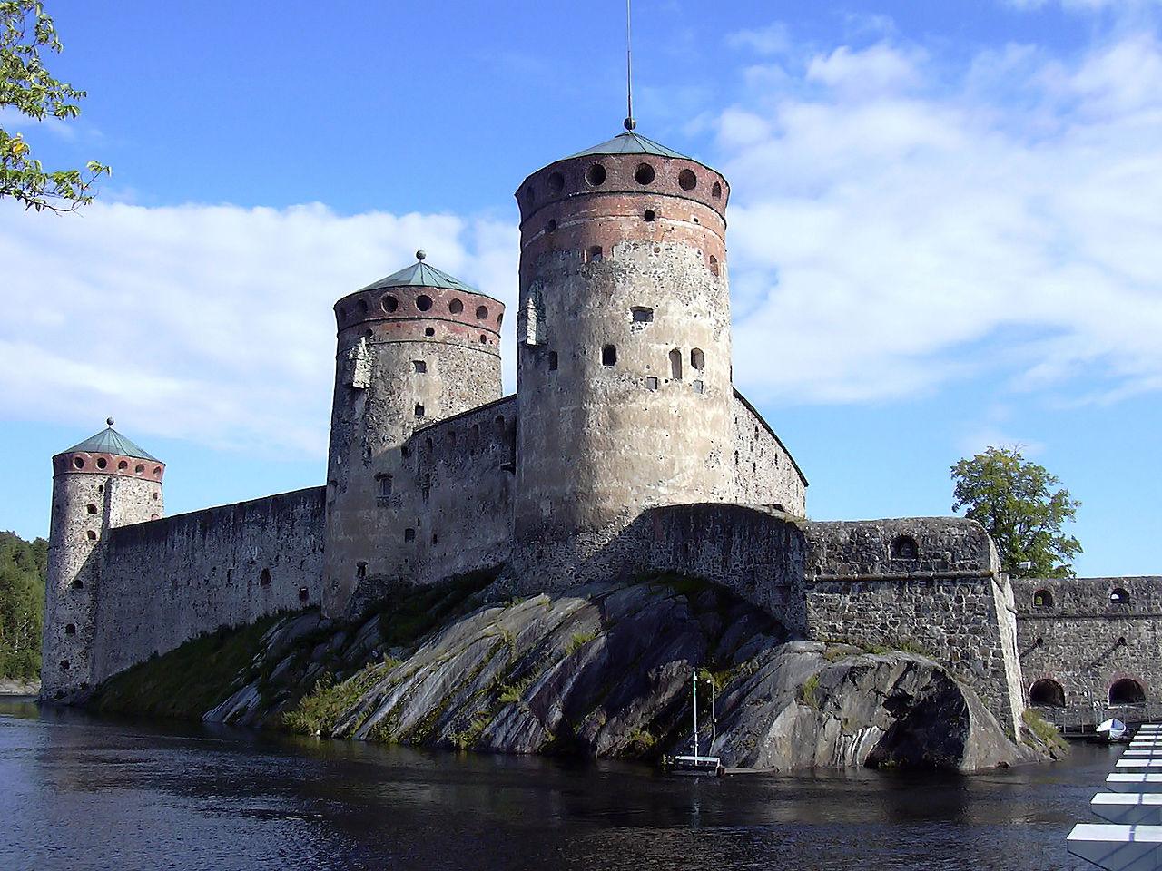 Castillo de Olavinlinna, sede del famoso festival de ópera de verano
