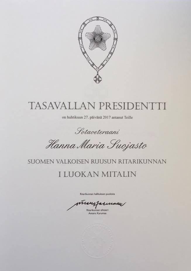 Título que acredita la concesión de la Orden de la Rosa Blanca en primera clase