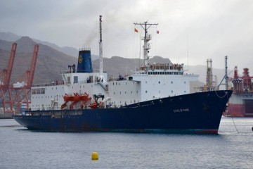 """El buque-escuela """"State of Maine"""", a su llegada esta mañana al puerto de Santa Cruz de Tenerife"""