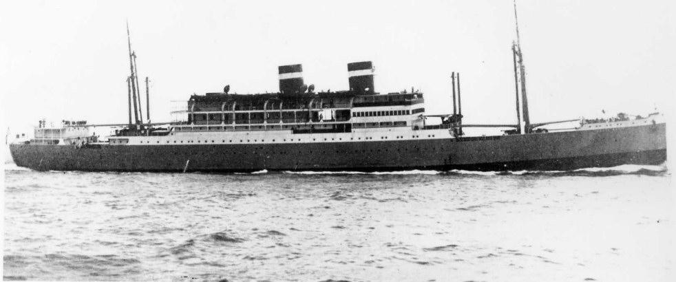 """Estampa marinera del buque """"Santa María"""", recién entregado a Grace Line"""