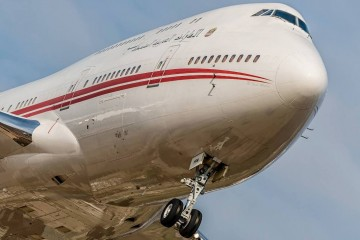 Espectacular encuadre de este avión Boeing B-747 -400 de Dubai Air Wing (A6-HRM)