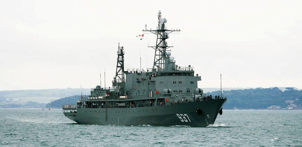 """El buque-escuela argelino """"Suommam"""", en servicio desde 2006"""