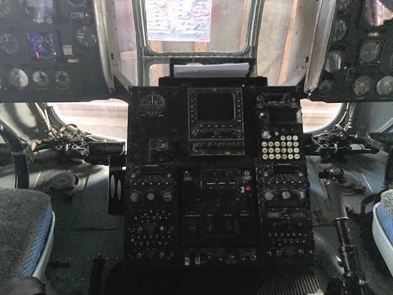 Parte del instrumental de control del helicóptero