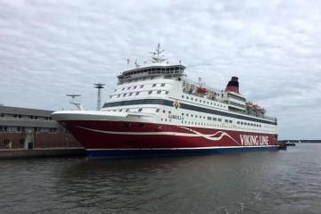 """El ferry """"Gabriella"""", atracado en la terminal de Viking Line en el puerto de Helsinki"""