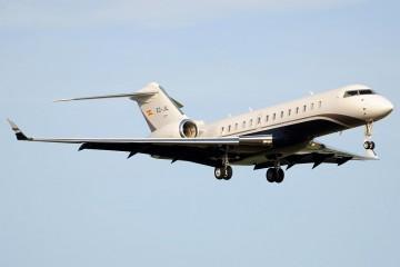 Es un avión bonito, elegante, bien proporcionado y veloz