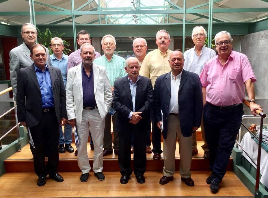 Asistentes al último encuentro de la Academia Canaria de Ciencias de la Navegación