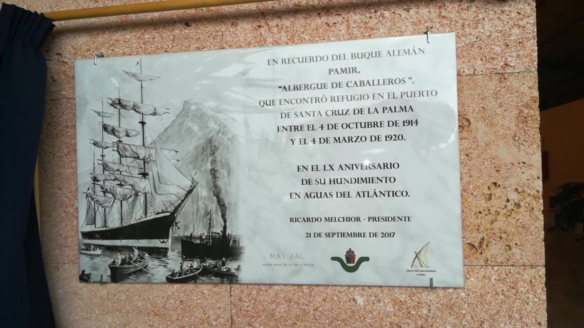 Esta es la placa que se exhibe en la estación marítima de Santa Cruz de La Palma